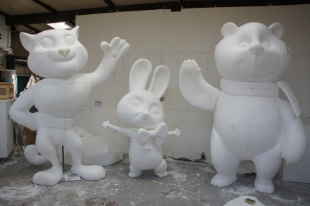 gallery/polystyrene_carving_mascot_cartoon_characters